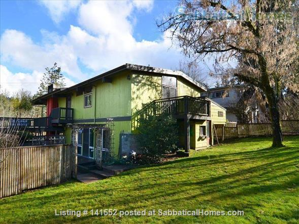 Bright and Stylish, one mile from the University of Oregon Home Exchange in Eugene, Oregon, United States 0