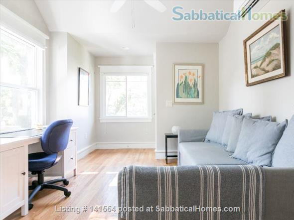 Hyde Park Craftsman Guest House Home Rental in Austin, Texas, United States 5