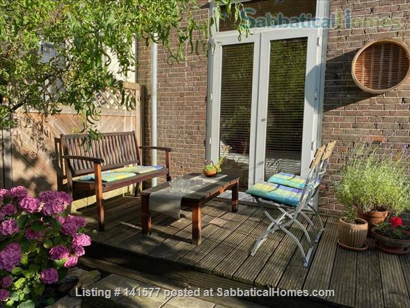 Welcoming Amsterdam apartment with a garden house study. Home Exchange in Amsterdam, NH, Netherlands 5