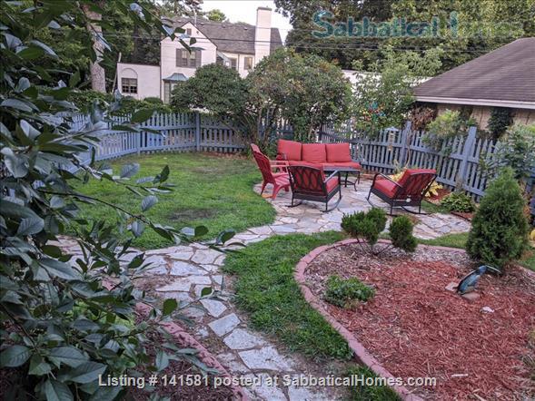 Idyllic Garden Getaway Home Rental in Minneapolis, Minnesota, United States 9