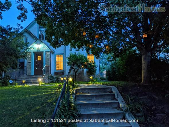 Idyllic Garden Getaway Home Rental in Minneapolis, Minnesota, United States 1
