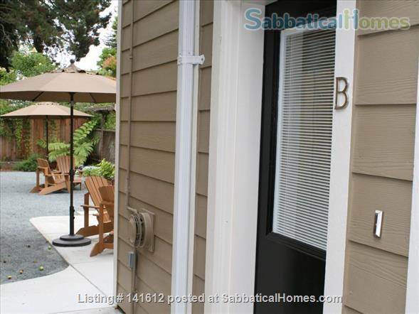 Heart of Elmwood Studio ~  Location is Everything! All Inclusive Turn-key solution for visiting professionals! Home Rental in Berkeley, California, United States 9
