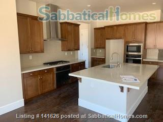 Lovely Suite in Beautiful Home in Whispering Canyon Gated Community Home Rental in Reno, Nevada, United States 6