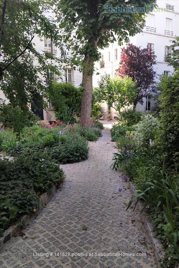 Jardin des Plantes 5ème - sunny studio Home Rental in Paris, Île-de-France, France 4
