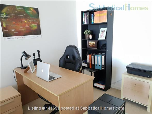 Sunny and modern 2 bedroom apartment in Maroubra Junction, Sydney close to UNSW Home Rental in Maroubra, NSW, Australia 9