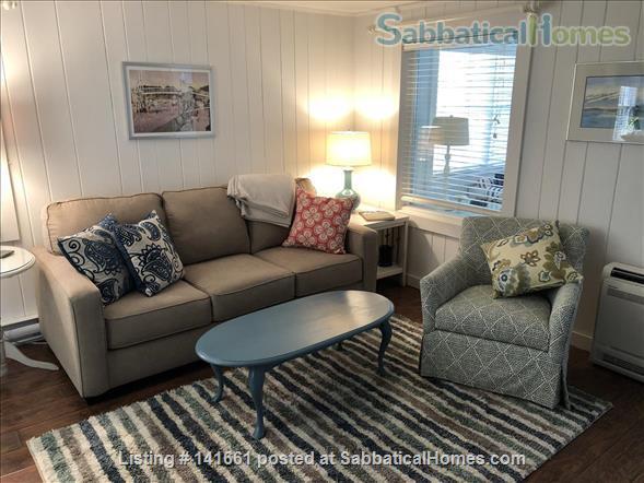 Fresh, Bright, Fully Winterized Cottage: Fall/Winter Respite, Ogunqit ME Home Rental in Ogunquit, Maine, United States 3