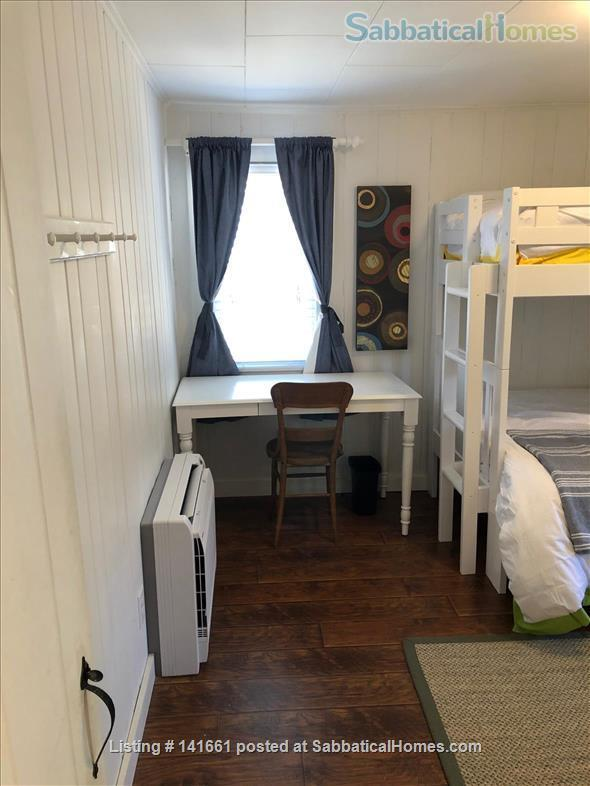Fresh, Bright, Fully Winterized Cottage: Fall/Winter Respite, Ogunqit ME Home Rental in Ogunquit, Maine, United States 7