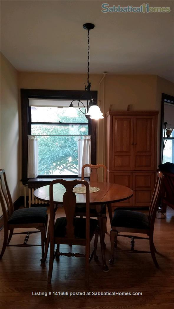 Sunny, Historic 3 Bedroom on Park Home Rental in Madison, Wisconsin, United States 2