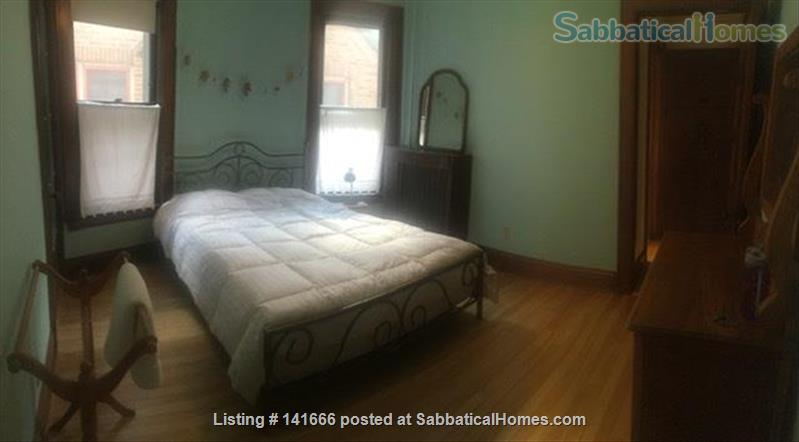 Sunny, Historic 3 Bedroom on Park Home Rental in Madison, Wisconsin, United States 4