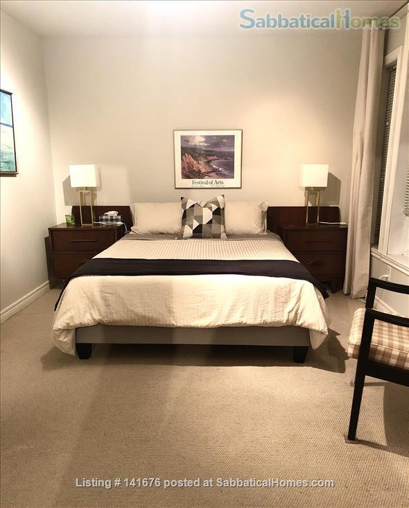 Room in Townhouse for Rent Home Rental in Montreal, Quebec, Canada 1