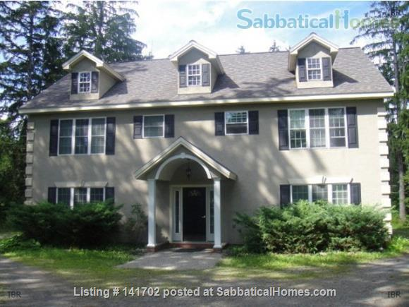 3BR+2.5Bath Exceptional Cayuga Heights - Walking Distance to Cornell Home Rental in Ithaca, New York, United States 1