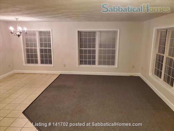 3BR+2.5Bath Exceptional Cayuga Heights - Walking Distance to Cornell Home Rental in Ithaca, New York, United States 4