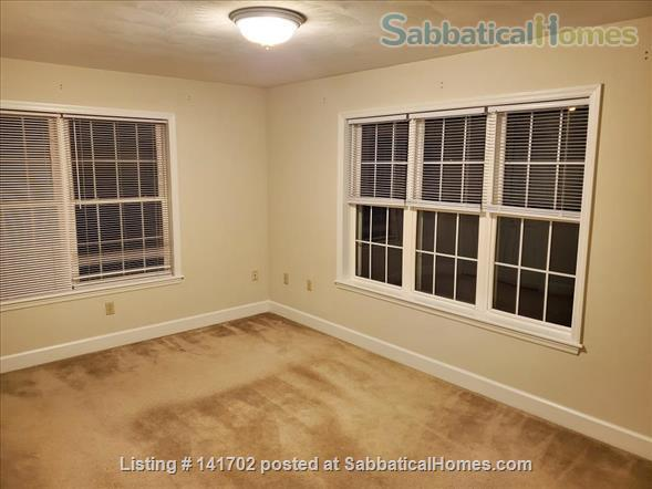 3BR+2.5Bath Exceptional Cayuga Heights - Walking Distance to Cornell Home Rental in Ithaca, New York, United States 6