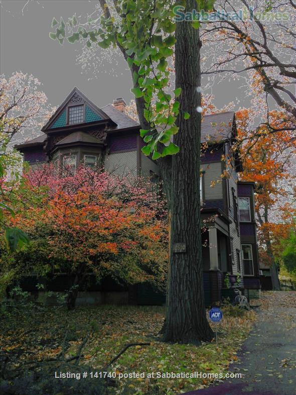 Ingersoll-Blackwelder Home Home Rental in Chicago, Illinois, United States 0