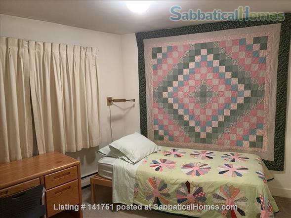 Room with Separate Full Bath to Rent to Woman Home Rental in Cambridge, Massachusetts, United States 1
