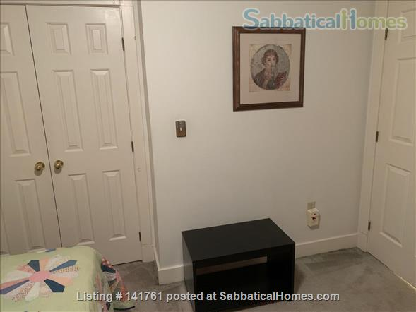 Room with Separate Full Bath to Rent to Woman Home Rental in Cambridge, Massachusetts, United States 2