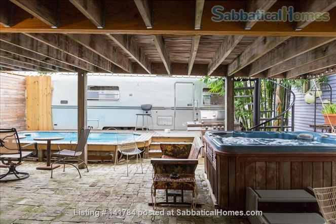Everything Included, PLUS: Maid Service, Heated Pool, Hot Tub, Fast WIFI Home Rental in New Orleans, Louisiana, United States 2