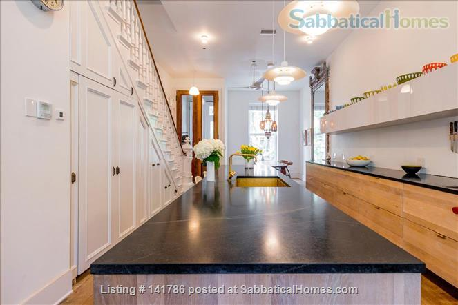 Lovely townhouse in upper manhattan Home Rental in New York, New York, United States 2