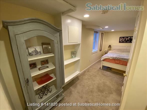 Furnished 1-Bedroom on Griggs Park w/ AC and Laundry  Home Rental in Brookline, Massachusetts, United States 5