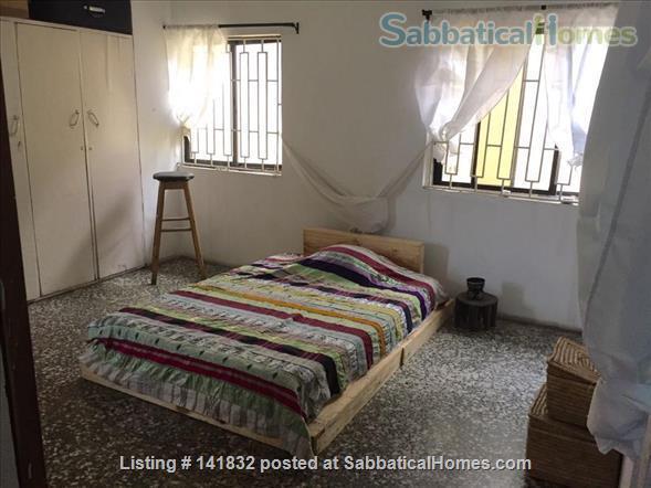 En Suite Room in Artist's Flat in Lagos Home Rental in Lagos, LA, NG 1