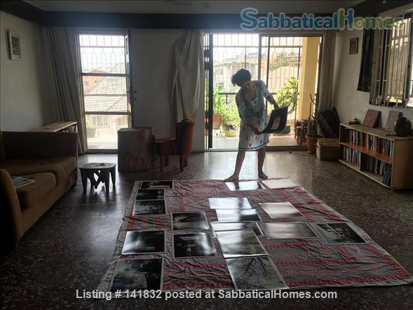 En Suite Room in Artist's Flat in Lagos Home Rental in Lagos, LA, NG 3
