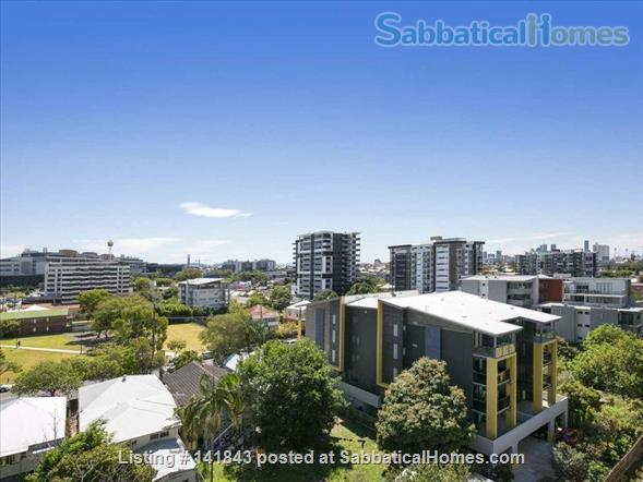 Spacious Large Apartment- -Ideally located Home Rental in Woolloongabba, QLD, Australia 3