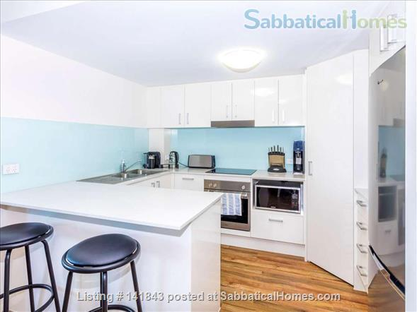 Spacious Large Apartment- -Ideally located Home Rental in Woolloongabba, QLD, Australia 8