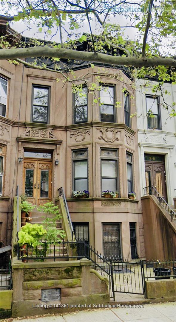 Brooklyn Brownstone Living Home Rental in Crown Heights, New York, United States 1