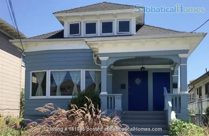 2 BR / 1 BA Berkeley/Oakland Border Apt Home Rental in Oakland, California, United States 1
