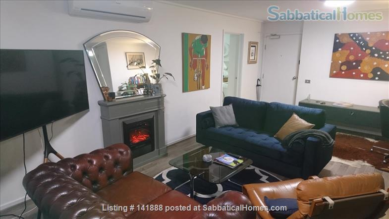 Boutique Spacious Downtown 2-bedroom Art Apartment, Luxury Old World Charm Home Rental in Melbourne, VIC, Australia 0