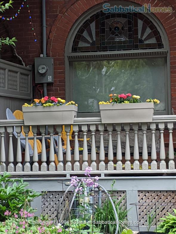 2 Bdrm Large Apartment in Victorian/ Parkdale Toronto Home Rental in Toronto, Ontario, Canada 8