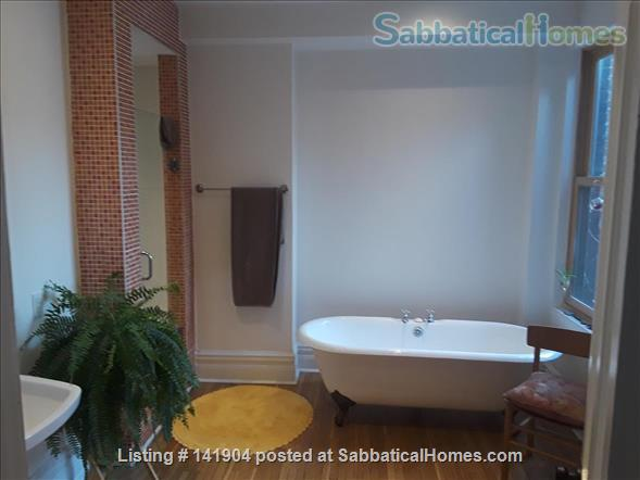 2 Bdrm Large Apartment in Victorian/ Parkdale Toronto Home Rental in Toronto, Ontario, Canada 0