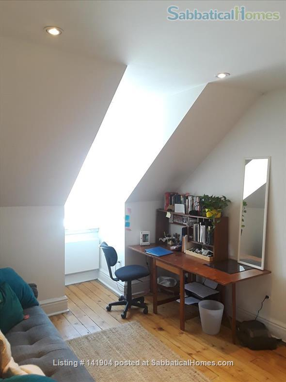 2 Bdrm Large Apartment in Victorian/ Parkdale Toronto Home Rental in Toronto, Ontario, Canada 4