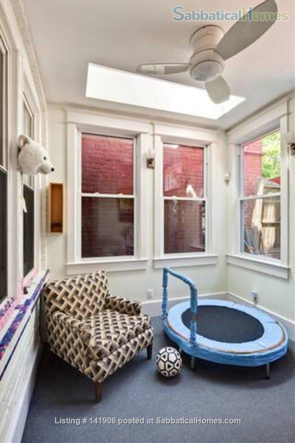 Large family-friendly 3+BR home in heart of DC, by metro, hospitals Home Rental in Washington, District of Columbia, United States 4
