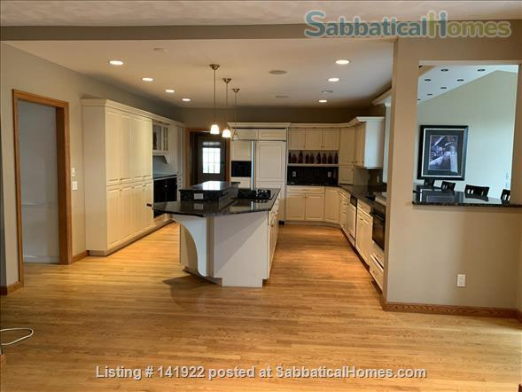 Five bedroom home for rent in Madison, Wisconsin Home Rental in Madison, Wisconsin, United States 0