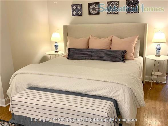Updated 2BR/2.5BA Dog-Friendly Row Home in Capitol Hill with Parking! Home Rental in Washington, District of Columbia, United States 6