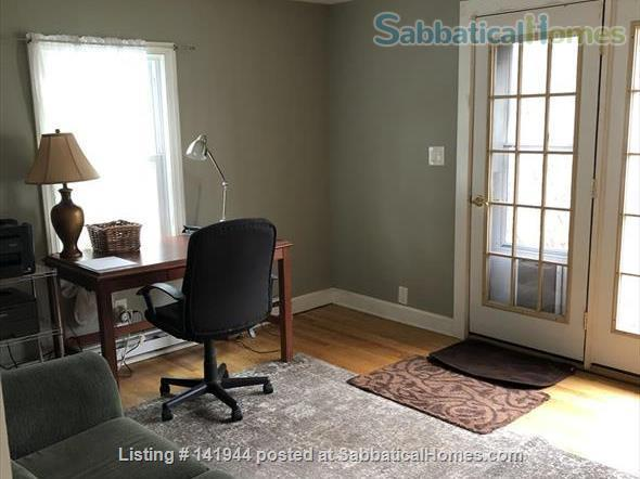 Beautiful, Furnished, 1st Floor Apartment in Desired Spring Glen area of Hamden! Home Rental in Hamden, Connecticut, United States 7