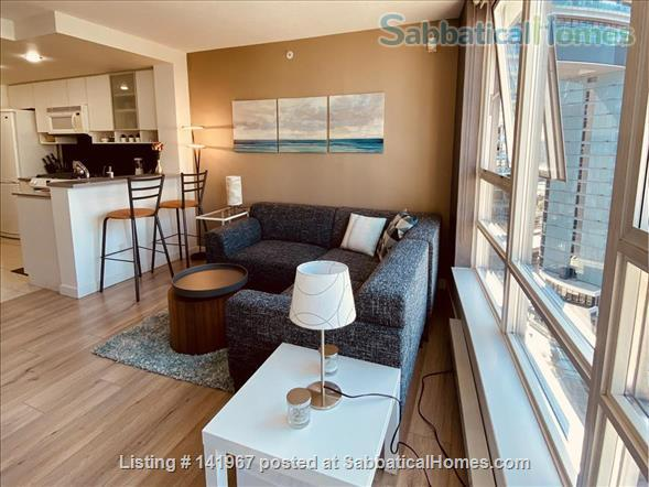 Vancouver Yaletown studio  Home Rental in Vancouver, British Columbia, Canada 2