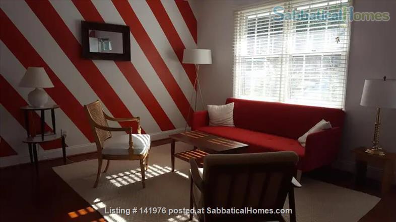 Sunny 2 Bedroom Condo Near NCSU/Cameron Village Home Rental in Raleigh, North Carolina, United States 1