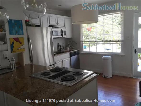 Sunny 2 Bedroom Condo Near NCSU/Cameron Village Home Rental in Raleigh, North Carolina, United States 0