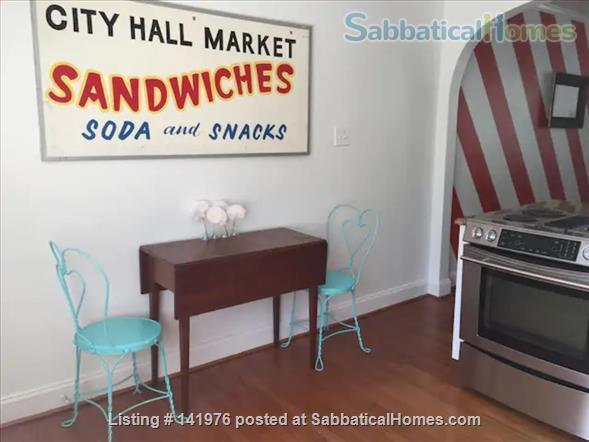 Sunny 2 Bedroom Condo Near NCSU/Cameron Village Home Rental in Raleigh, North Carolina, United States 2