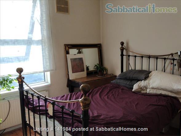 Sunny one bedroom flat in hip Brockley walk to Goldsmiths Home Rental in London, England, United Kingdom 2