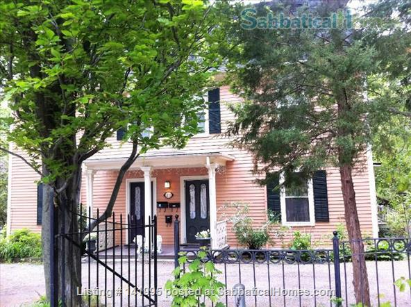 Furnished 2 bedroom 2 bathroom apartment in Victorian duplex Home Rental in Brookline, Massachusetts, United States 1