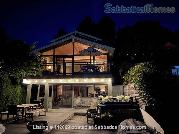 Lake Washington waterfront (in city) Home Rental in Seattle, Washington, United States 1