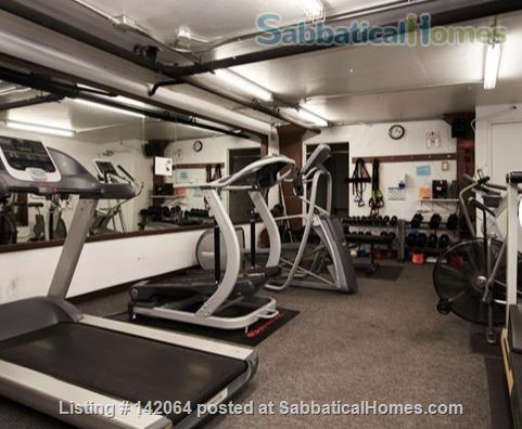 1BR+ Furnished Stylish Upper-Floor Condo with Beautiful View of Ottawa,  Rideau River & Gatineau Hills  - Avail Jan 2021 Home Rental in Ottawa, Ontario, Canada 8