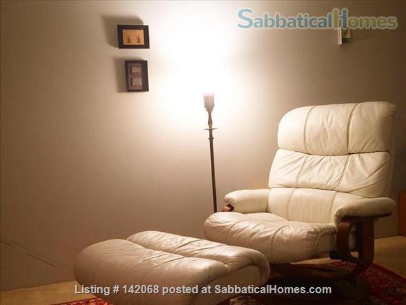 One Bedroom Waterfront Condo in Victoria, BC Home Rental in Victoria, British Columbia, Canada 4