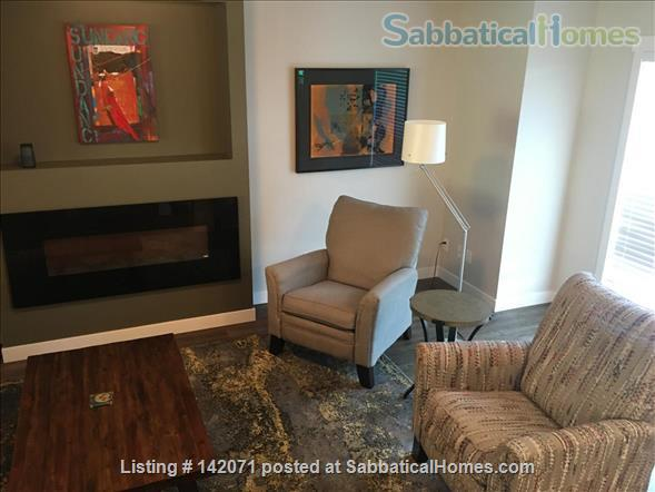 Stunning Townhouse in Perfect Location Home Exchange in Edmonton, Alberta, Canada 2