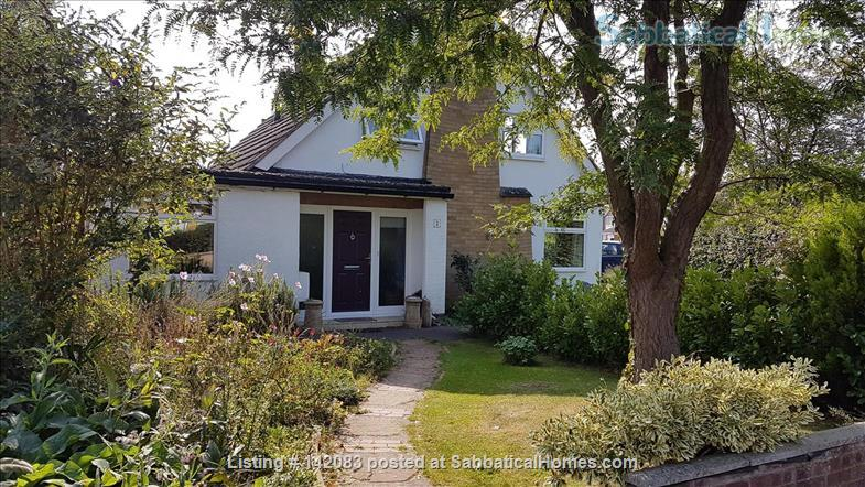 Sunny detached home for let or exchange Home Exchange in Kenilworth, England, United Kingdom 1