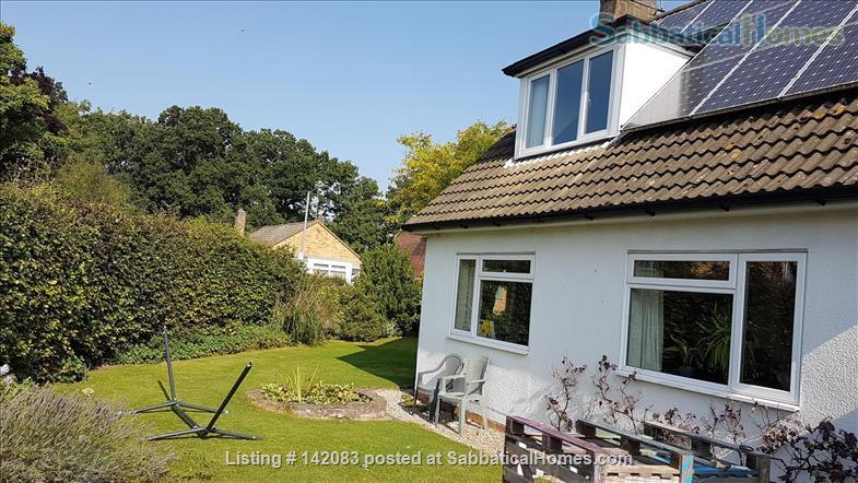 Sunny detached home for let or exchange Home Exchange in Kenilworth, England, United Kingdom 0