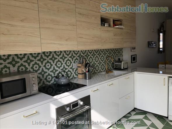 Bright, contemporary 2-bed in sought-after location Home Rental in Stoke Newington, England, United Kingdom 2